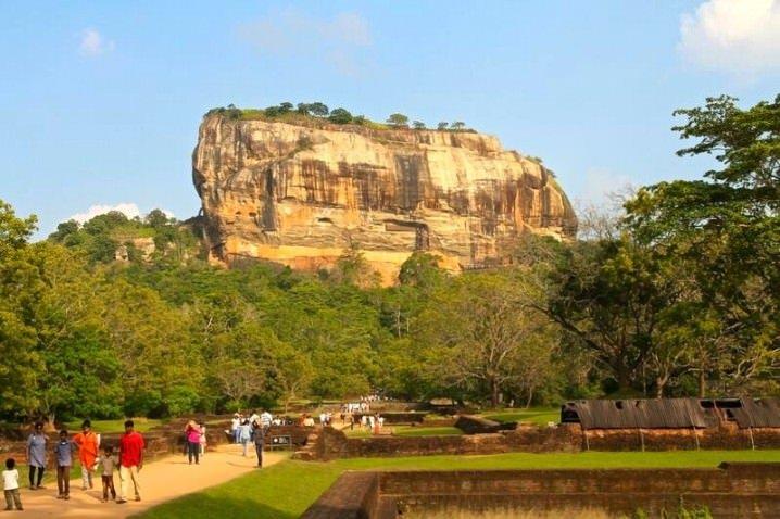 Sigiriya Rock - Travelling solo in Sri Lanka