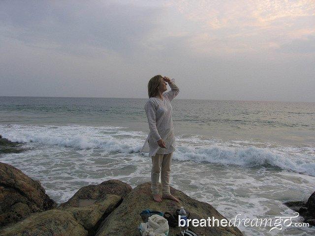 Mariellen Ward, Breathe Dream Go. Travelling solo in India