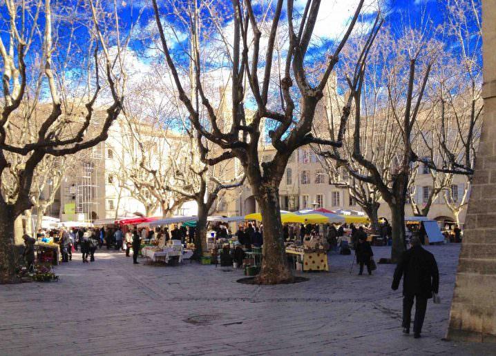 Uzes market - Solo to Uzès, France