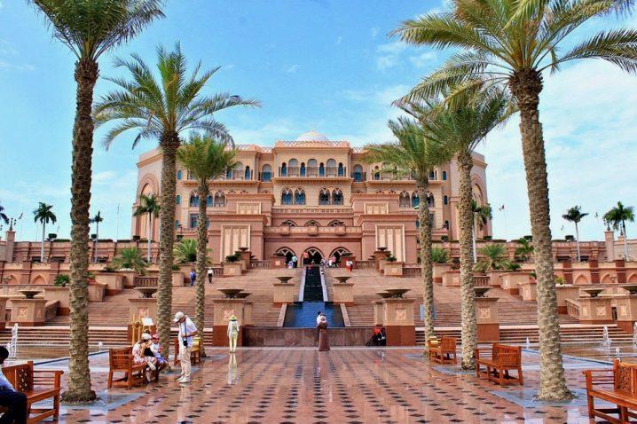 Solo travel in Abu Dhabi